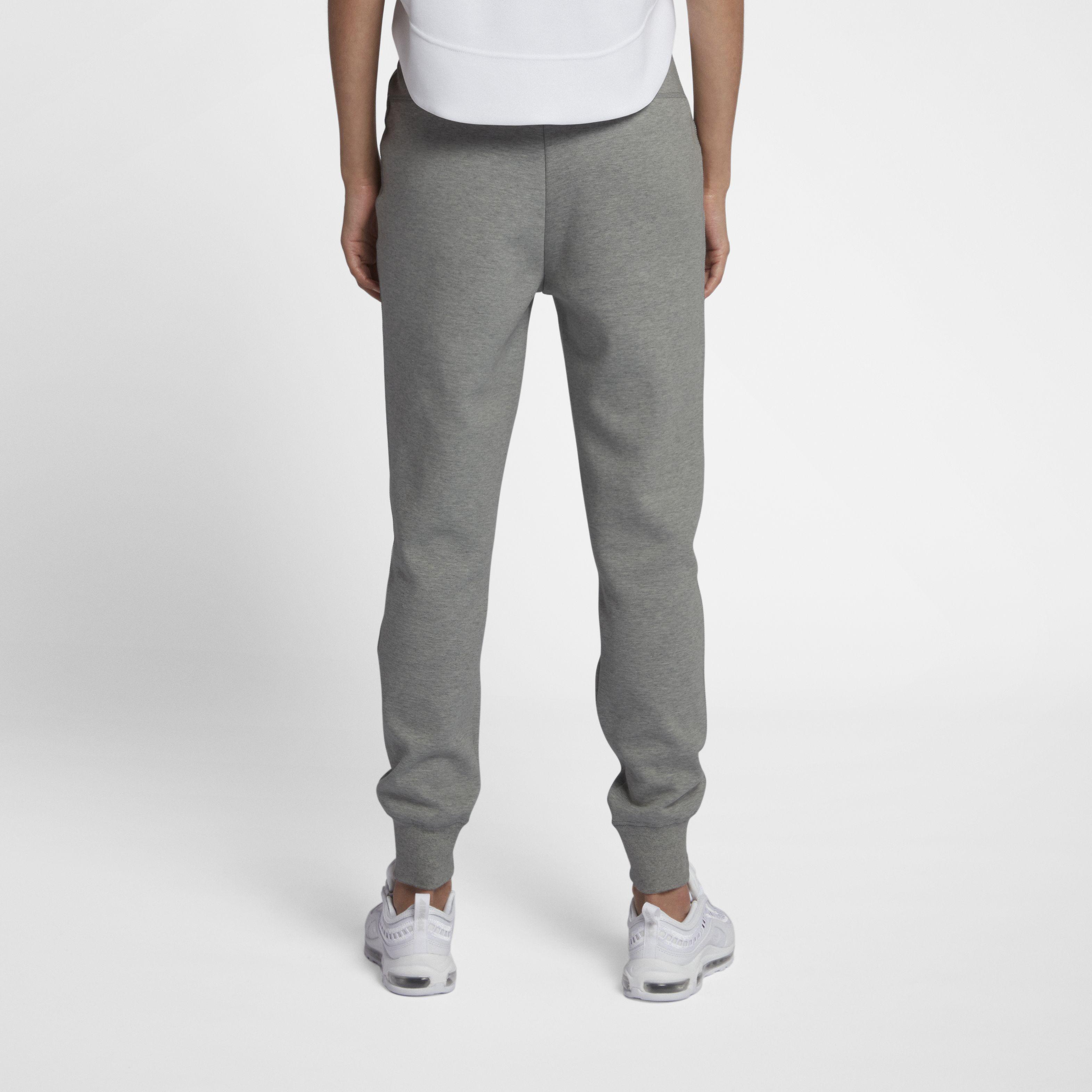 a8f735f1 Женские брюки Nike Tech Fleece Pant Dk Grey Heather/Matte Silver/White -  фото