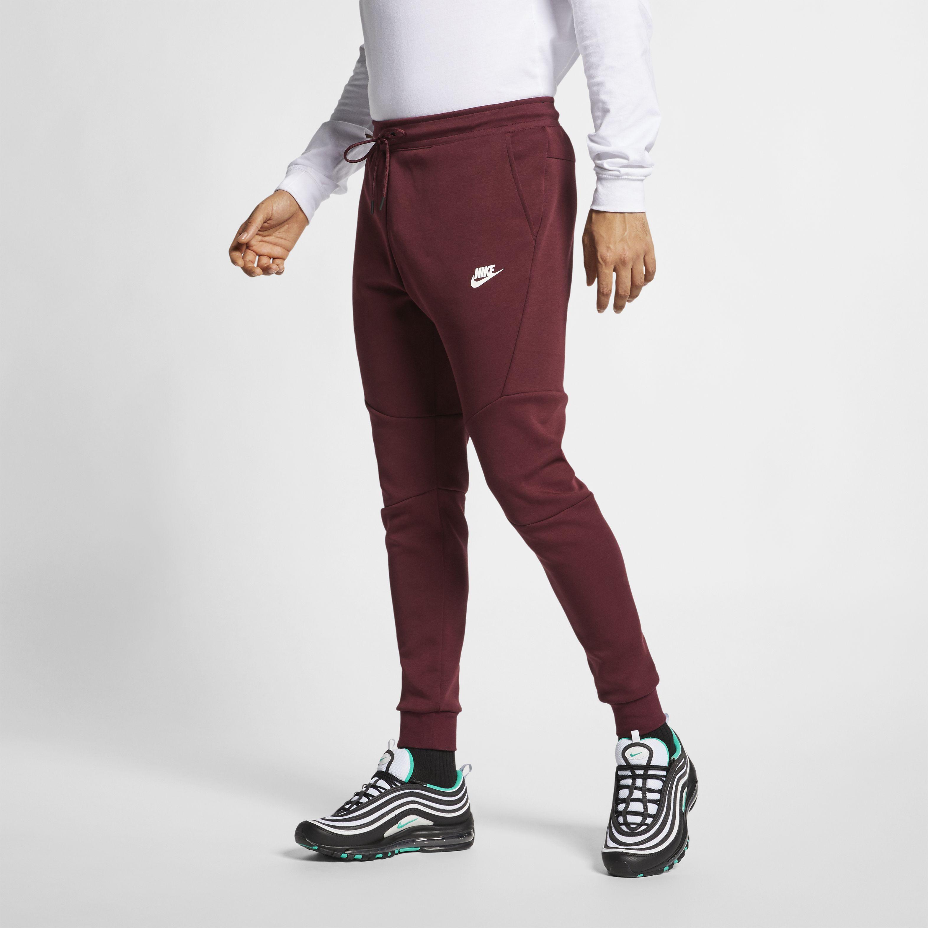 a48c58f0 Мужские брюки Nike Sportswear Tech Fleece Joggers Night Maroon/White - фото  3