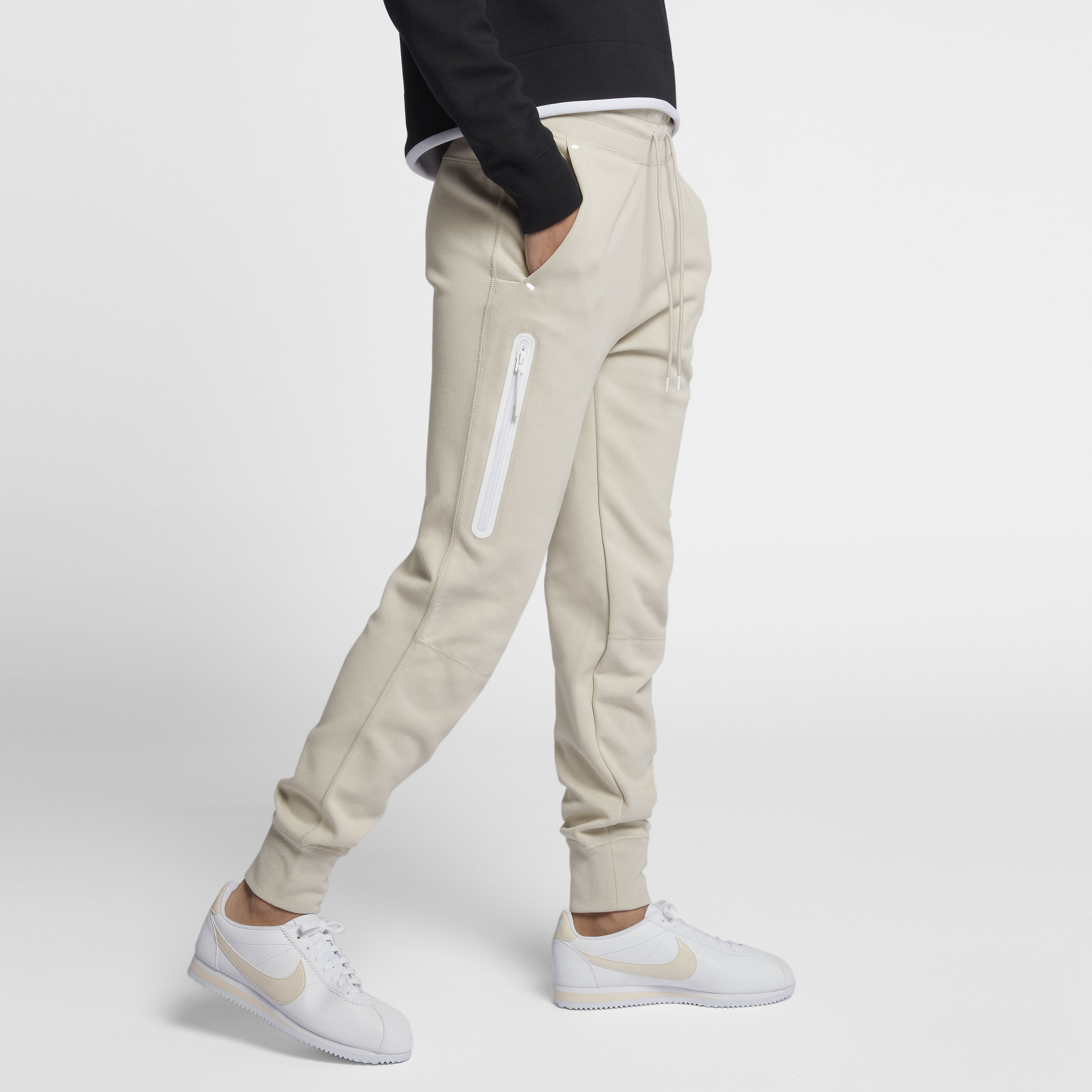 5b60c6e1 Брюки Tech Fleece от Nike (931828-008) - продажа, цена, фото, описание
