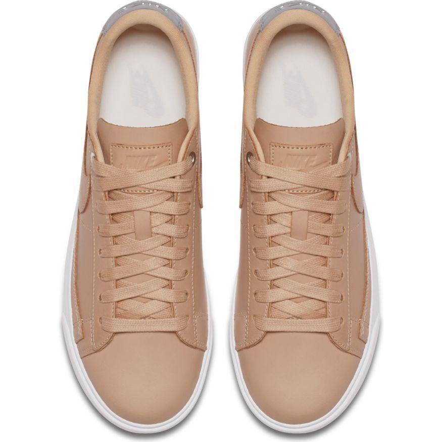 Женские кроссовки Nike Blazer Premium Low QS Bio Beige - фото 4 cc9036629